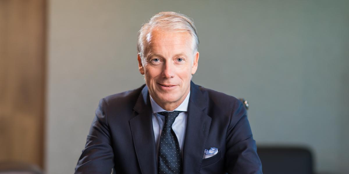 Robert-Hovenier-CEO1